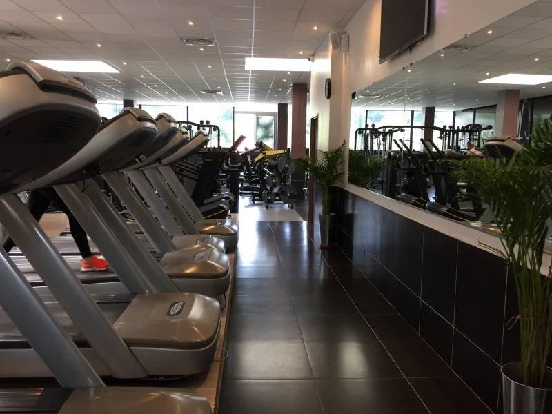 Salle De Musculation Avec Coach Les Camoins My Fitness Club